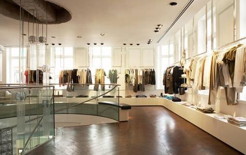 Negozio di abbigliamento: quanto si guadagna, quanto costa, autorizzazioni, aprire in franchising